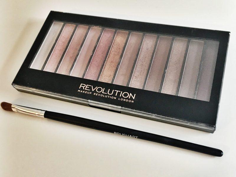 Paletă Makeup Revolution Iconic 3