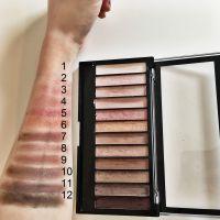 Swatch Makeup Revolution Iconic 3 - culori blenduite, în lumină artificială