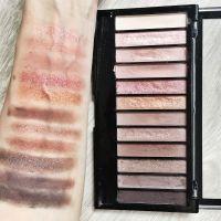 Swatch Makeup Revolution Iconic 3 - culori blenduite, în lumină naturală